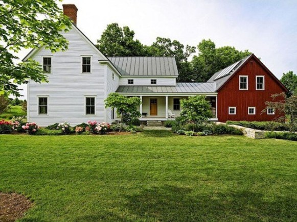Modern Farmhouse Exterior Designs Ideas 38