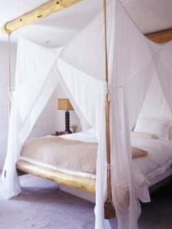 Awesome Canopy Bed With Sparkling Lights Decor Ideas 23