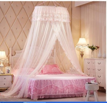 Awesome Canopy Bed With Sparkling Lights Decor Ideas 30