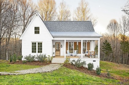 Awesome Farmhouse Home Exterior Design Ideas 19