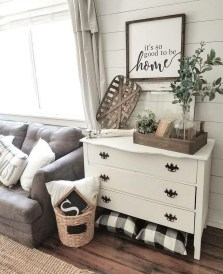 Cute Rustic Farmhouse Home Decoration Ideas 09