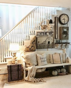Cute Rustic Farmhouse Home Decoration Ideas 19