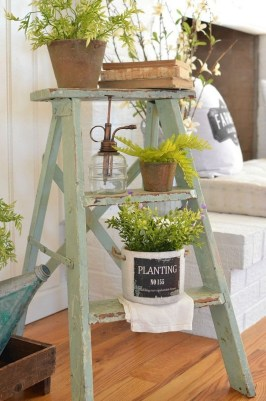 Cute Rustic Farmhouse Home Decoration Ideas 23