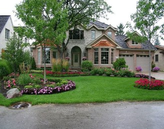 Gorgeous Front Yard Landscaping Remodel Ideas 02