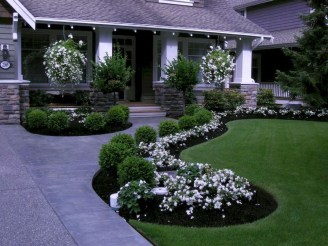 Gorgeous Front Yard Landscaping Remodel Ideas 36