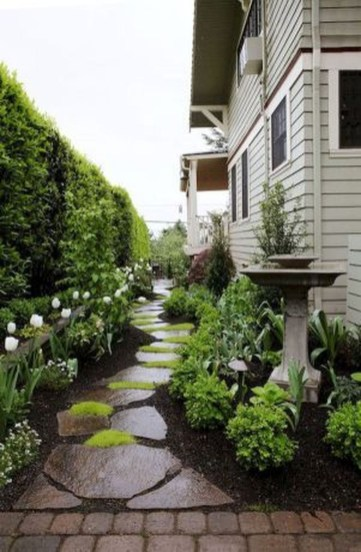 Gorgeous Front Yard Landscaping Remodel Ideas 45