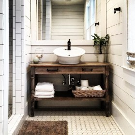 Modern Farmhouse Bathroom Vanity Design Ideas 13