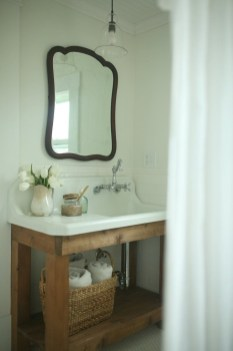 Modern Farmhouse Bathroom Vanity Design Ideas 43