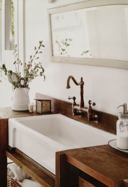 Modern Farmhouse Bathroom Vanity Design Ideas 47