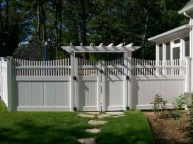 Totally Inspiring Front Yard Fence Remodel Ideas 46