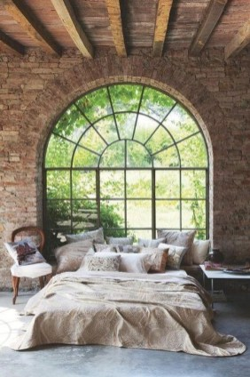 Adorable Exposed Brick Walls Bedrooms Design Ideas 25