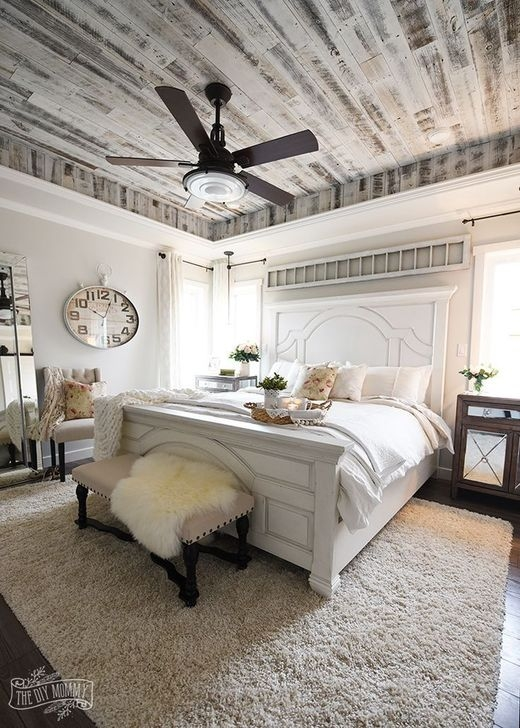 Beautiful Farmhouse Master Bedroom Design Ideas 09