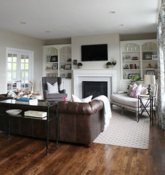 Beautiful Leather Couch Decorating Ideas For Living Room39