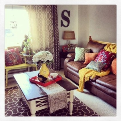 Beautiful Leather Couch Decorating Ideas For Living Room41