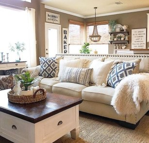 Cozy Modern Farmhouse Style Living Room Decor Ideas 13