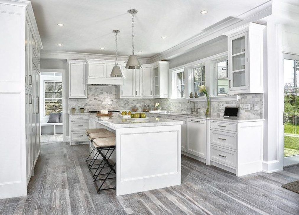 Gorgeous White Kitchen Cabinet Design Ideas 13