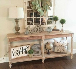 Stunning Farmhouse Entryway Decoration Ideas 03