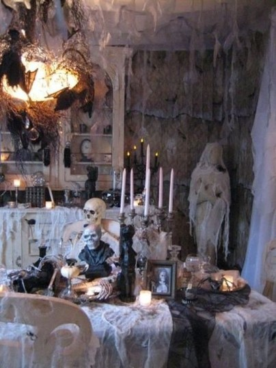 Cozy Vintage Halloween Decoration For Outdoor Ideas 34