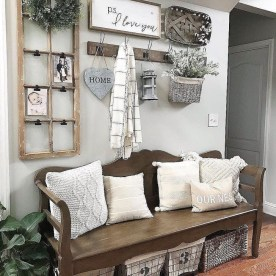 Fantastic Living Room Farmhouse Style Decorating Ideas 07