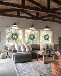 Fantastic Living Room Farmhouse Style Decorating Ideas 26