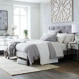 Gorgeous Grey Bedroom Ideas To Repel Boredom05