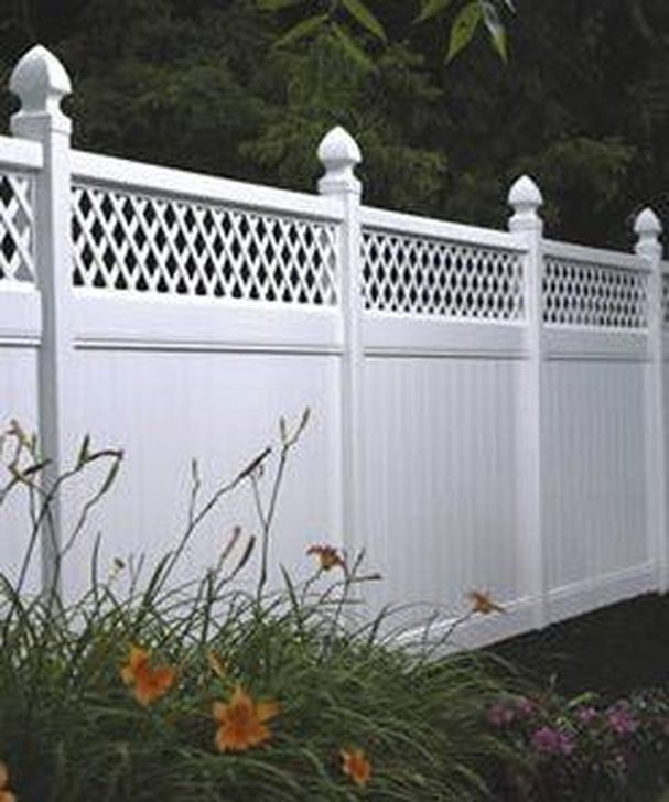 Modern Beautiful Privacy Fences Ideas35