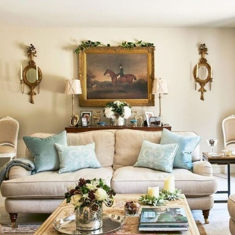 Popular French Country Living Room Decor Ideas 29
