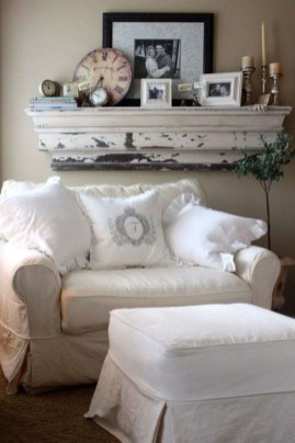 Popular French Country Living Room Decor Ideas 37