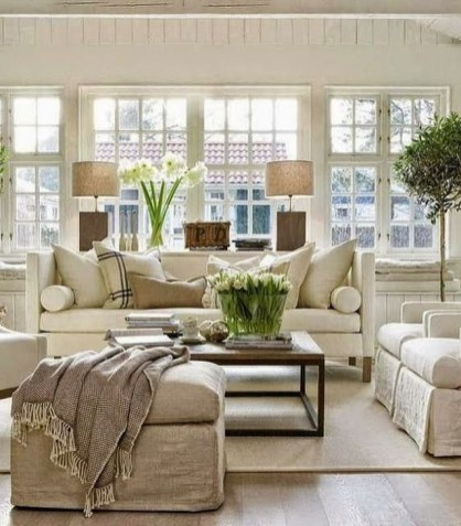 Popular French Country Living Room Decor Ideas 41