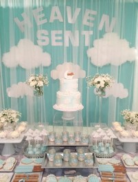 Charming Winter Themed Baby Shower Decoration Ideas34