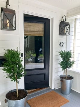 Creative Farmhouse Entryway Decorating Ideas25