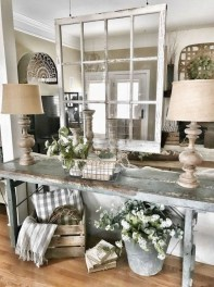 Creative Farmhouse Entryway Decorating Ideas30