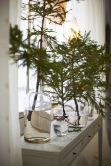 Incredible Farmhouse Christmas Decor And Design Ideas On A Budget29