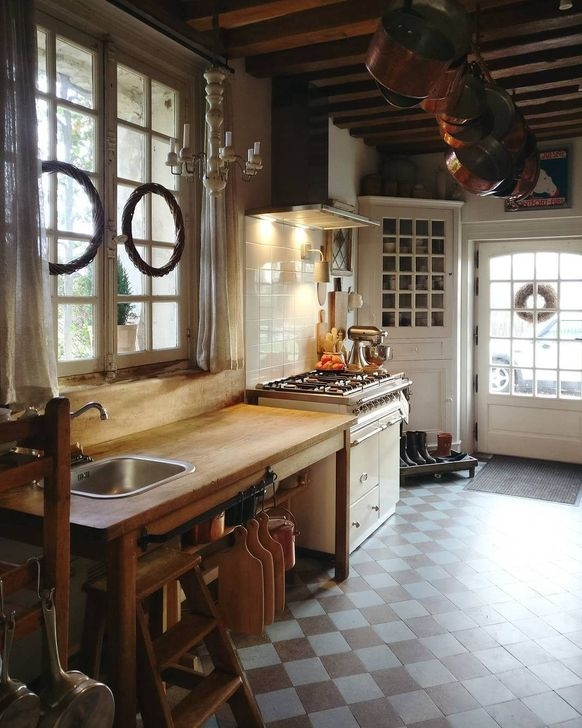 Magnificient French Country Kitchen Design And Decor Ideas09