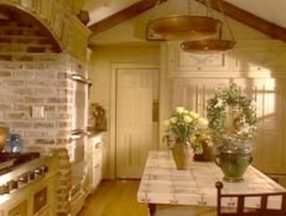 Magnificient French Country Kitchen Design And Decor Ideas11