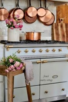 Magnificient French Country Kitchen Design And Decor Ideas20