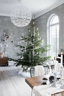 Popular White Christmas Design And Decor Ideas12