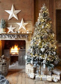 Popular White Christmas Design And Decor Ideas32