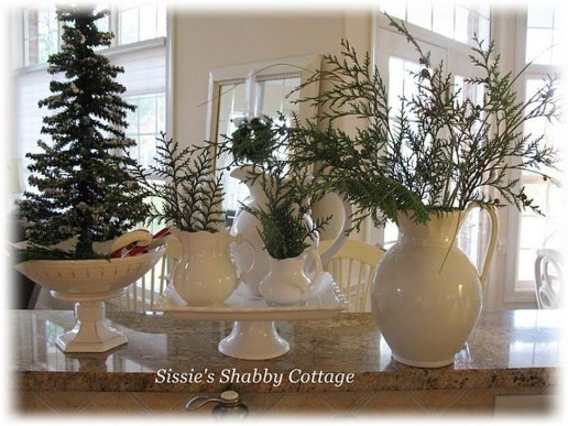 Popular White Christmas Design And Decor Ideas37