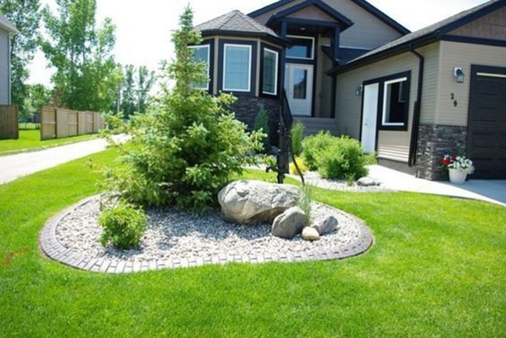 Pretty Front Yard Rock Garden And Landscaping Ideas17