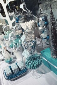 Simple Diy Winter Party Decoration Ideas12