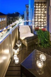 Unique Apartment Balcony Design And Decor Ideas03