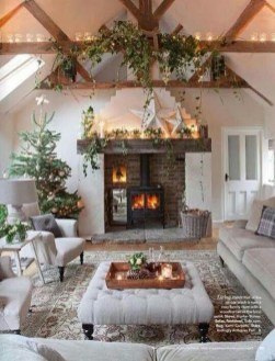 Comfy Christmas Living Room Decoration Ideas17