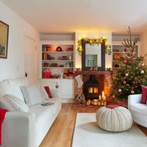 Comfy Christmas Living Room Decoration Ideas21