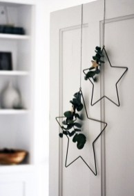 Extraordinary Scandinavian Christmas Decor Ideas10