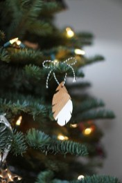 Fascinating Christmas Tree Decoration Ideas05