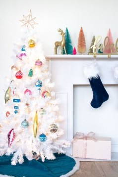 Fascinating Christmas Tree Decoration Ideas13