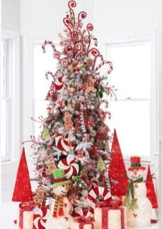 Gorgeous Rustic Christmas Tree Decoration Ideas28