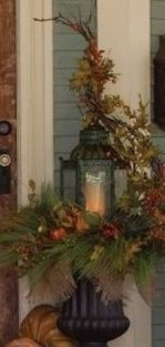 Lovely Christmas Porch Makeover Ideas17