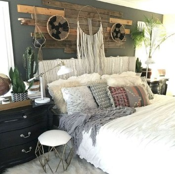 Modern Chic Bedroom Decoration Ideas11